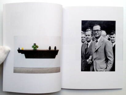 Nicolas Giraud,The Great Masters of Art history with pictures of Jacques Chirac