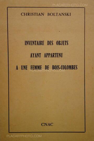 Christian Boltanski,Inventaire des objets ayant appartenu à une femme de Bois-Colombes